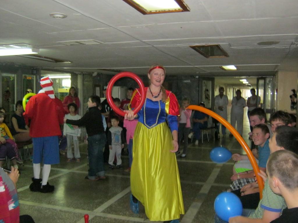 Детский праздник в Нижегородской областной детской больнице