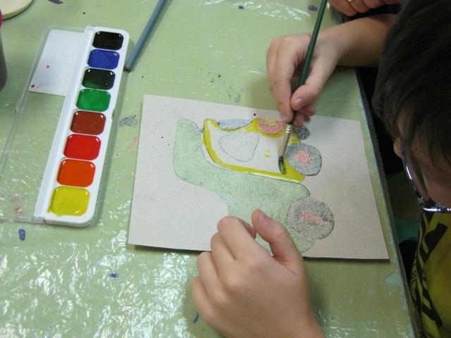 Талантливые дети рисуют манкой